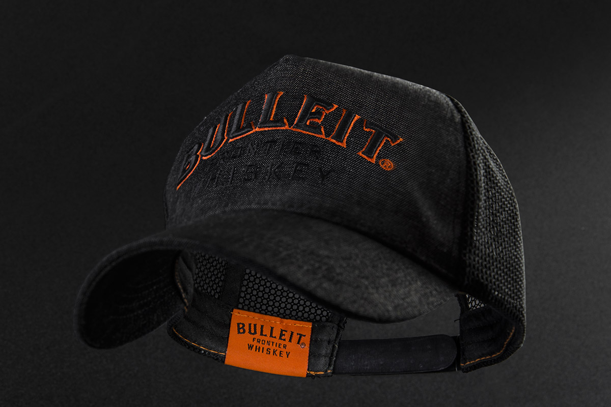 06_BULLEIT-DENIM-TRUCKER
