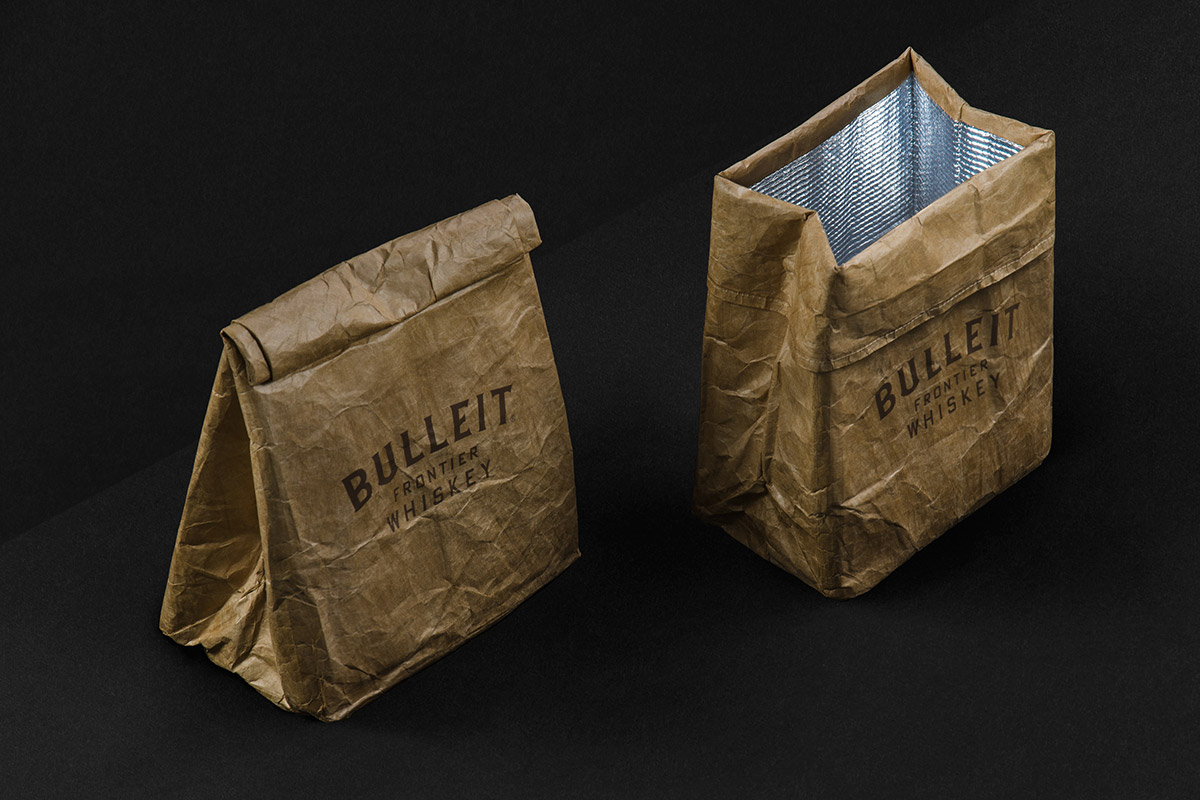 10_BULLEIT-PAPER-COOLER-BAG2